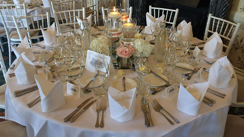 Stylish Chiavari chair Hire